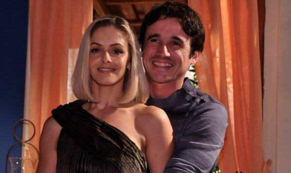 Arminda (Bianca Rinaldi) e Joca (Caio Junqueira) em Ribeirão do Tempo