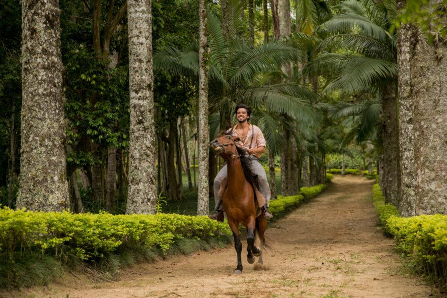 Ernesto (Rodrigo Simas) em Orgulho e Paixão