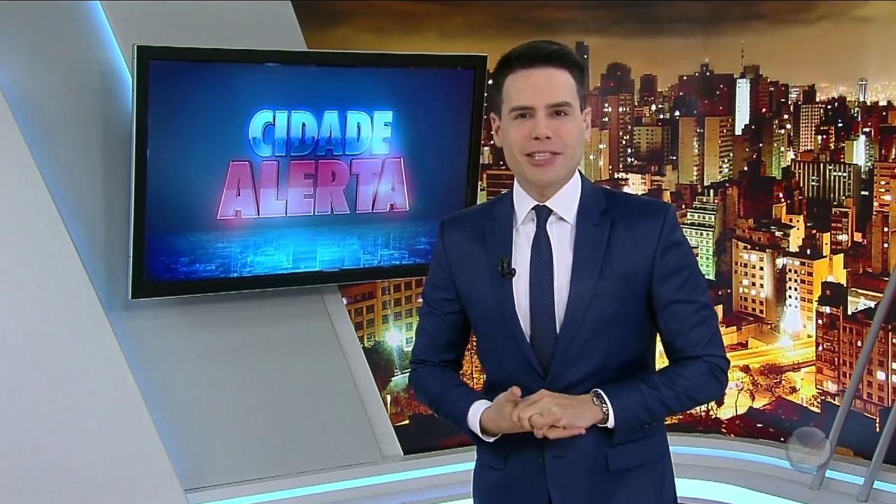Luiz Bacci comanda o Cidade Alerta (Edu Moraes/ RecordTV)