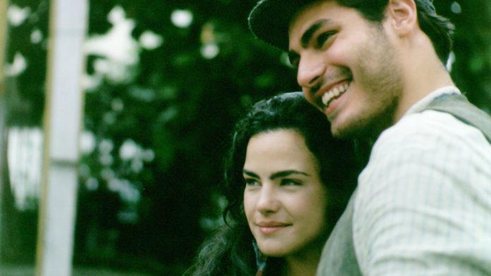 Giuliana (Ana Paula Arósio) e Matteo (Thiago Lacerda) em Terra Nostra