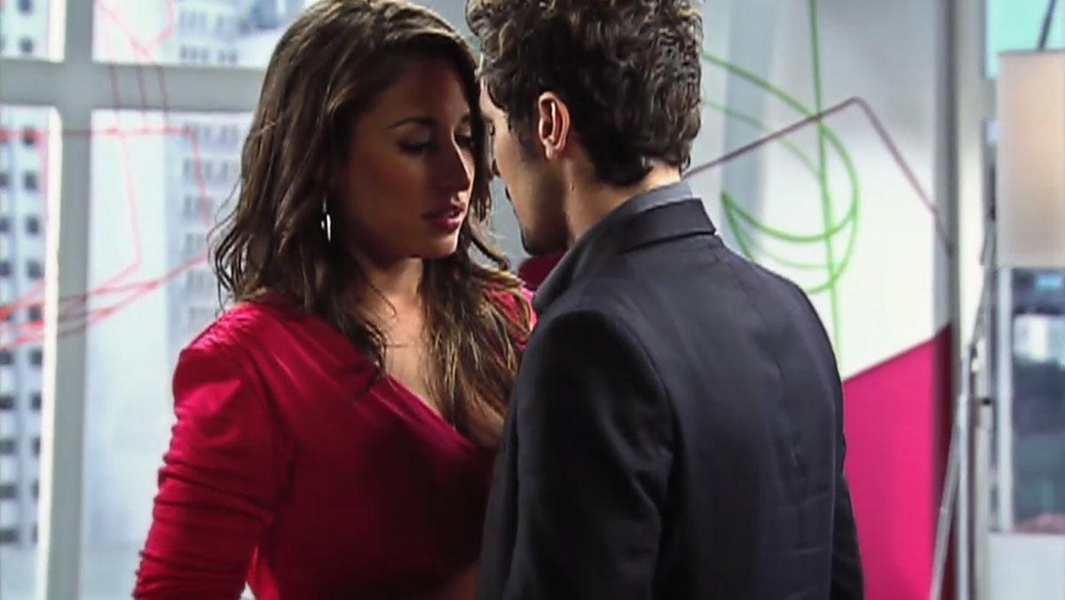 Com reencontro de protagonistas, Bela A Feia mantém posto de maior Ibope nacional da Record TV