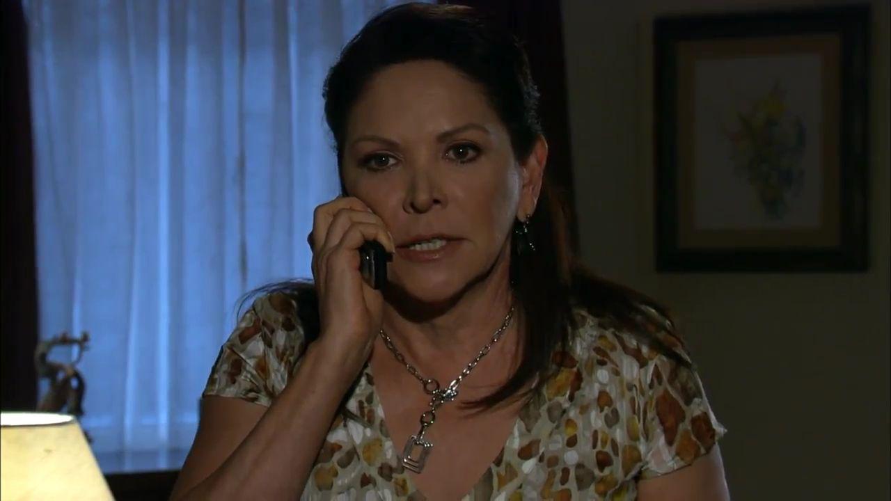 Ana Bertha Espín como Rosaura em A Que Não Podia Amar (Reprodução / Televisa)