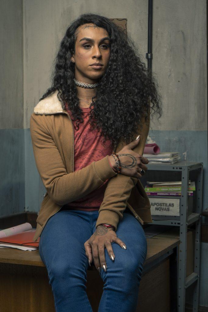 Linn da Quebrada vive Natasha na série Segunda Chamada (Divulgação: TV Globo)