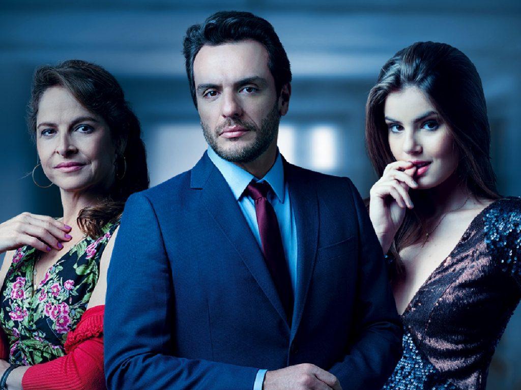 Carolina (Drica Moraes), Alex (Rodrigo Lombardi) e Angel (Camila Queiroz) em Verdades Secretas (Divulgação/Globo)